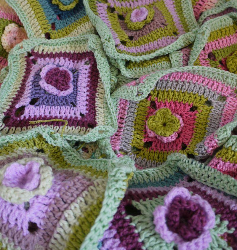 Crochet-in-basket5