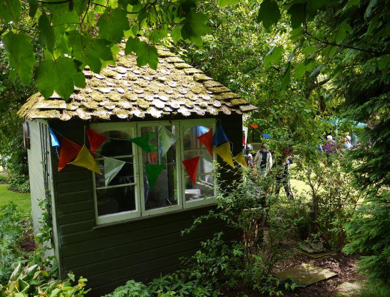 Open-gdn,hut,7.6.09