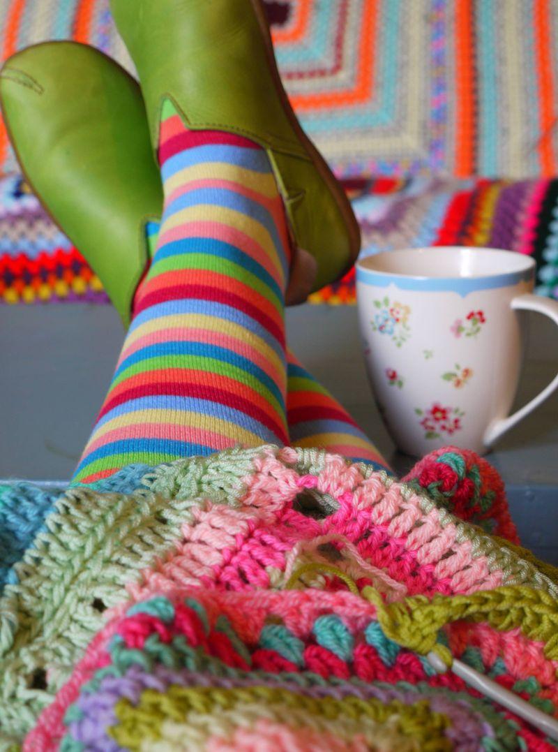 Feet-and-cro