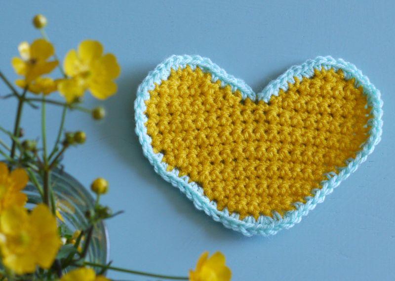 Buttercups.heart3