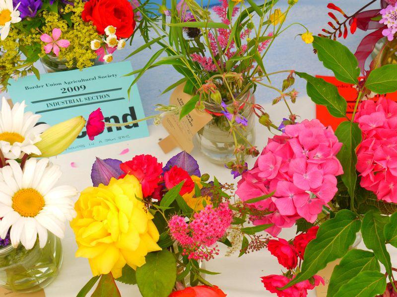 Flowers-in-jar-7