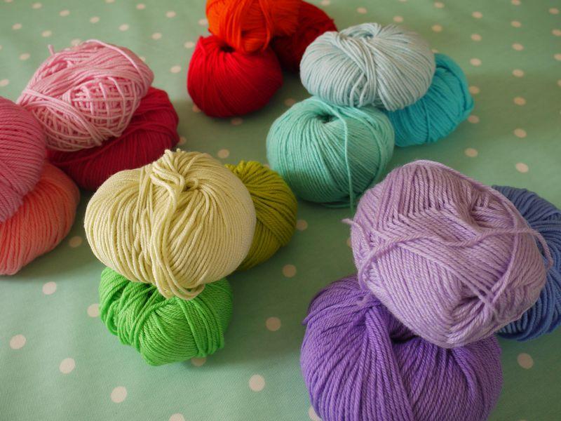 Yarn-colour-1