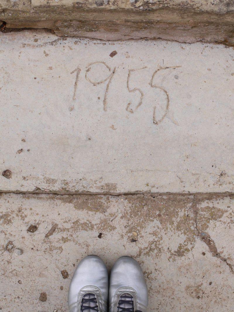 Date-in-stone