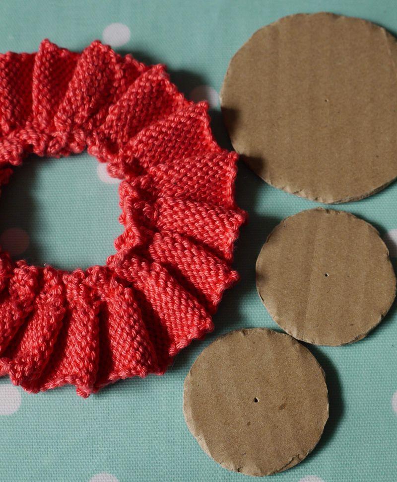 R,-3-circles-card-laid-out