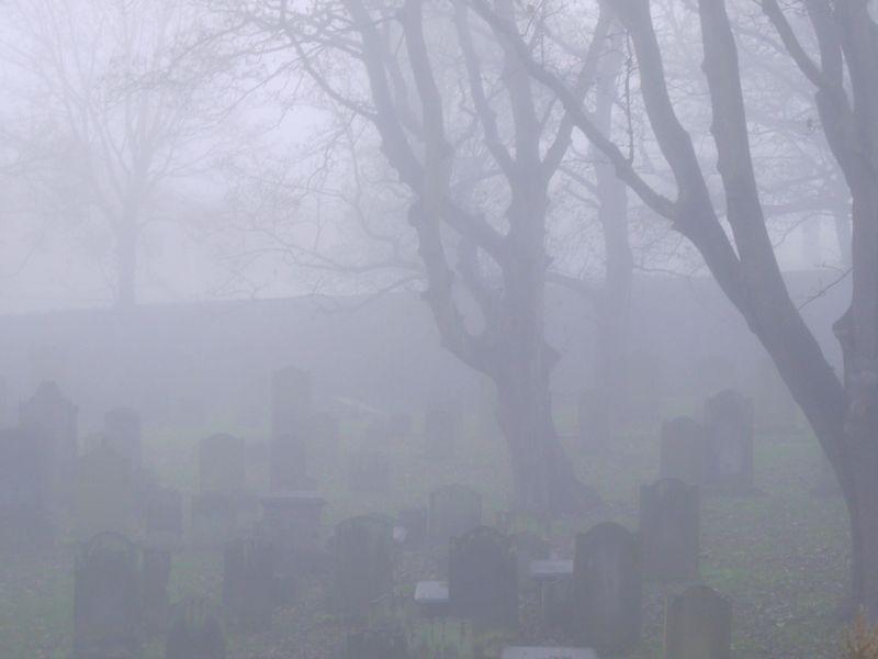 Mist-churchyard-4