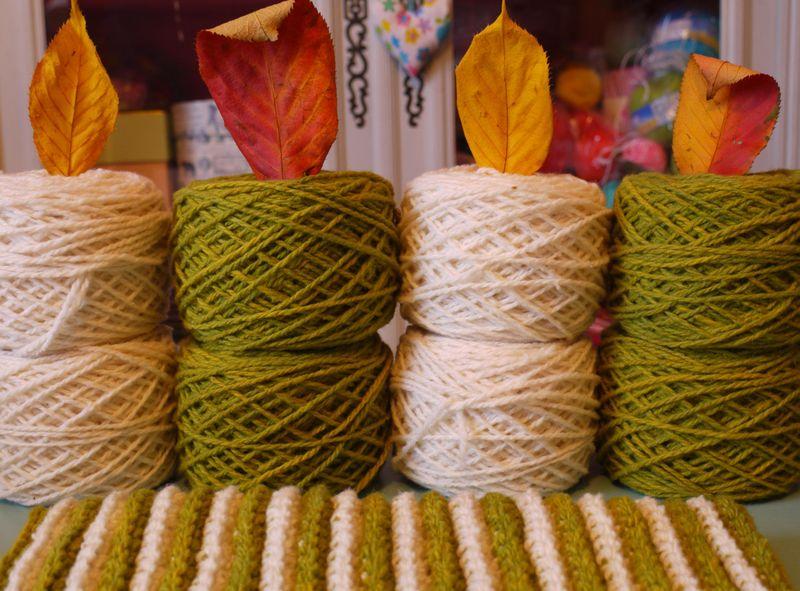 Yarn,leaves