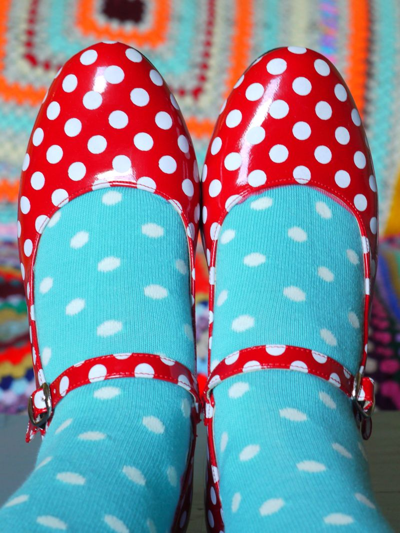 Spot-shoes,-spot-socks