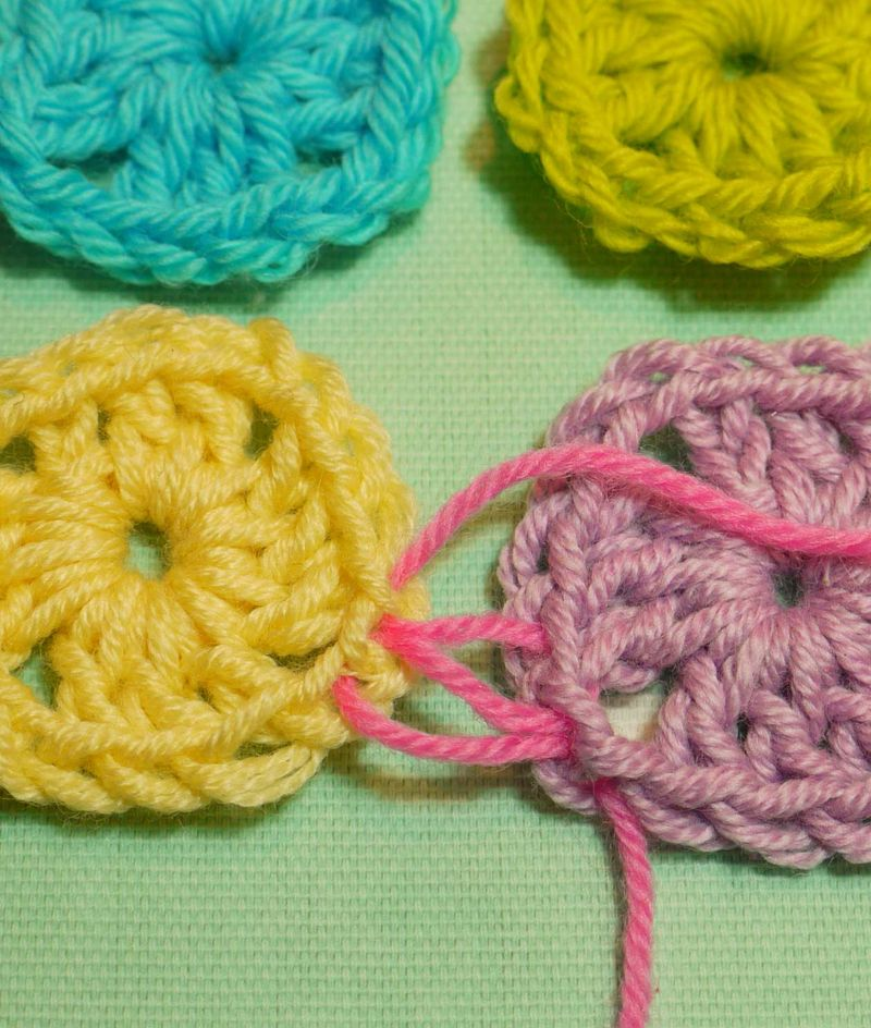 Crochet Invisible Seam : ... if i knit: Sewing up knitting or crochet with an invisible stitch