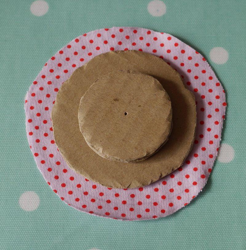 R,-circle-fabric-cut