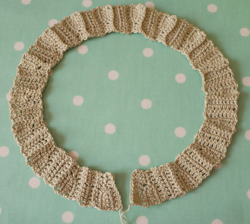 Crochet-ros,-laid-out-bfr-j