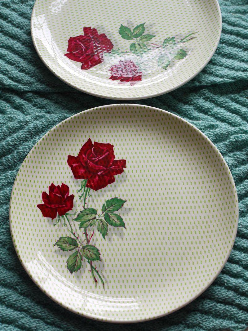 Vintage-plate,-2-plates