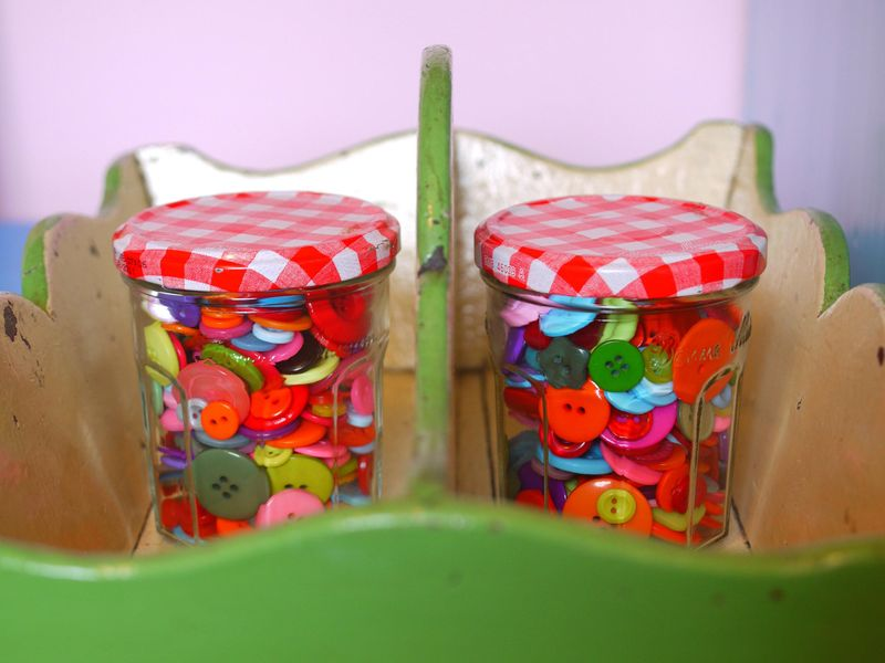 Buttons-in-jar,-2-jars