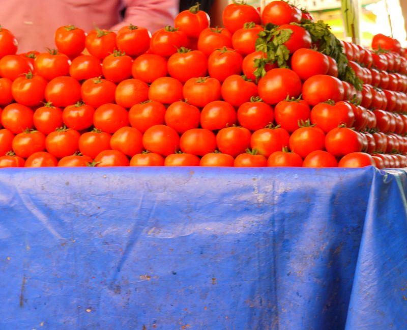 Turk,-toms,-market