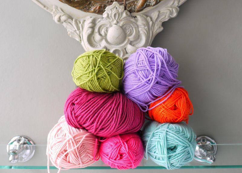 Yarn-stacked,-long-pic,-no-