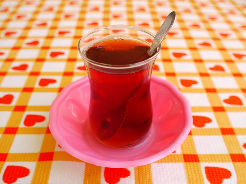 Turkish-tea-on-table-cloth