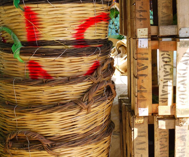 Turk,-market-baskets