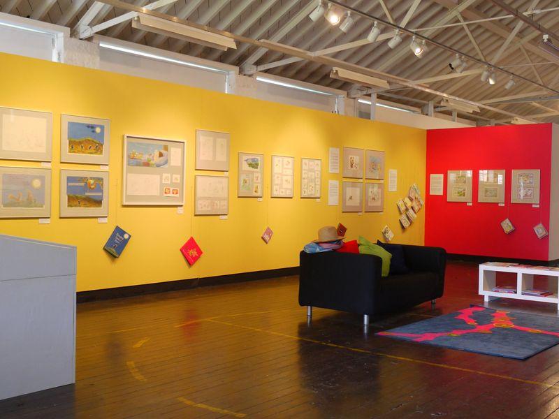 Exhib,-display-from-afar