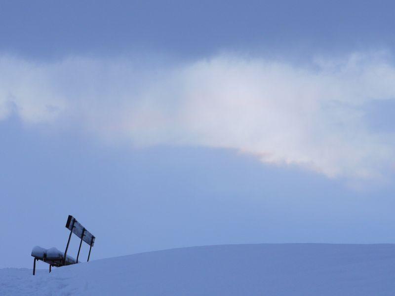 Bench,-snow,-sky,2