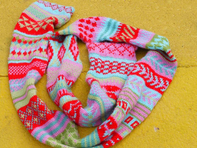 Fi-scarf,-1st-pic-