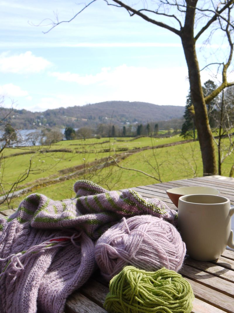 View,-shack,-knitting