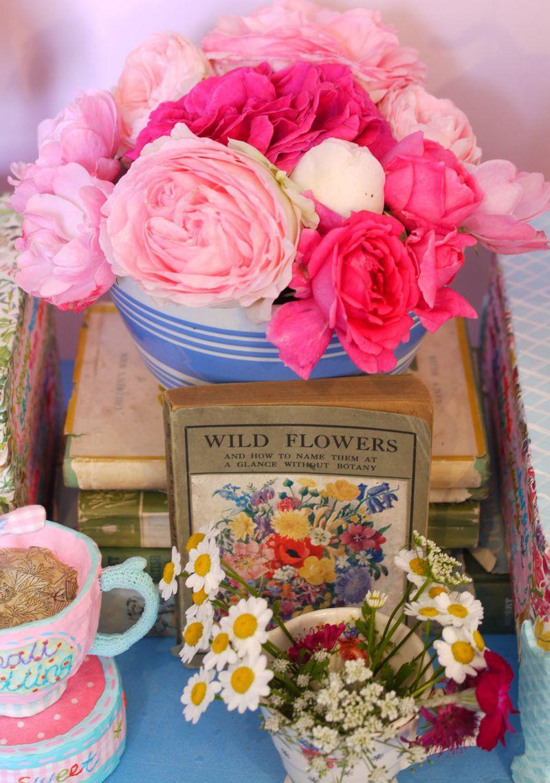 Roses-on-books