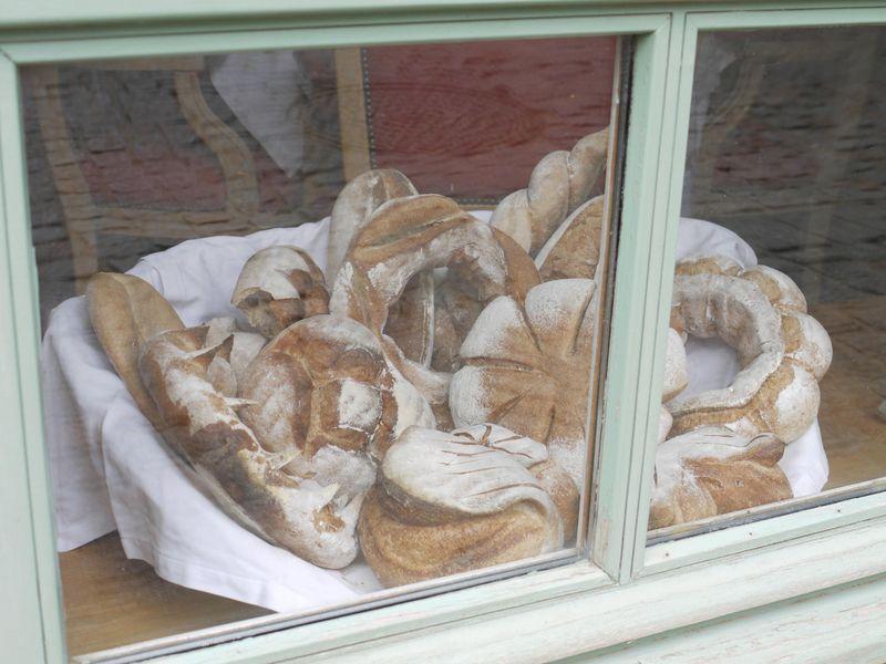 Carc-bread