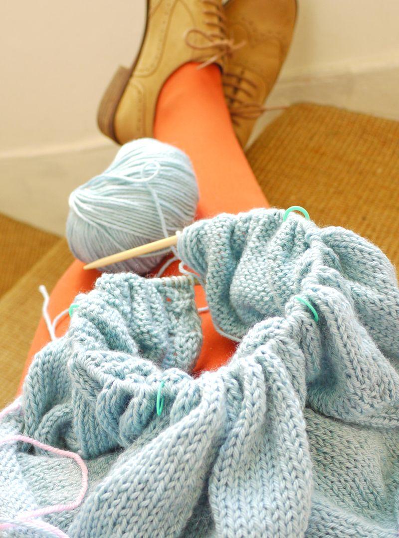 Legs-knitting