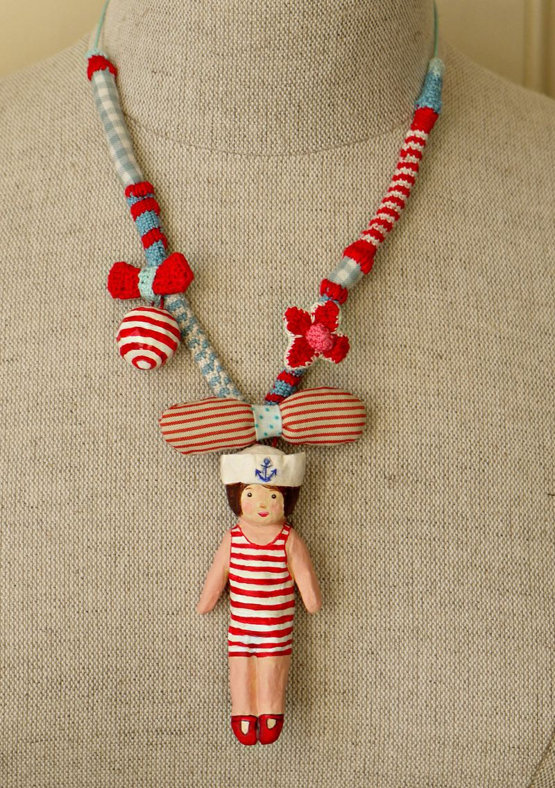 Necklace-wout-brooch